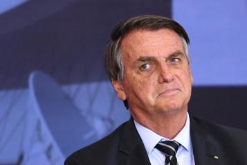 COVID-19 au Brésil Des sénateurs demandent l'inculpation de Bolsonaro pour 10crimes