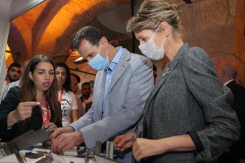 Syrie Bachir al-Assad et son épouse Asma ont la COVID-19)
