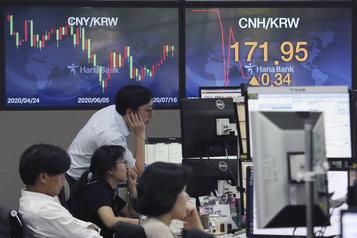 Les Bourses asiatiques décrochent, malgré le rebond du PIB chinois)