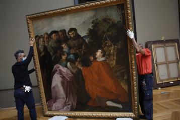 Le Louvre profite de la pandémie pour rénover)