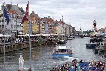 Reportages touristiques d'antan Paule Beaugrand-Champagne en Scandinavie)