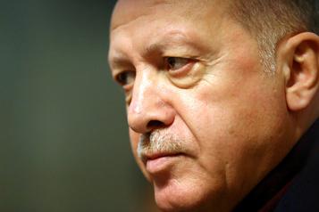 Libye: Erdogan met en garde contre une résurgence du terrorisme en cas de chute