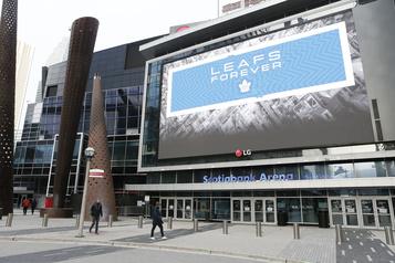 Retour de la LNH: pas de grosses retombées pour Edmonton et Toronto)
