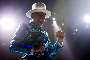 Un album double de Gord Downie sera offert en octobre)