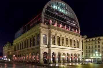 Le directeur du ballet de l'Opéra de Lyon licencié pour discrimination