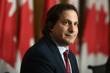 Ottawa rapatriera les interprètes afghans)