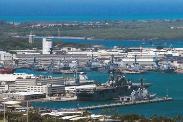 Un marin tue 2 personnes sur la base de Pearl Harbor et se suicide