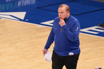 Tom Thibodeau, des Knicks, désigné entraîneur de la saison)