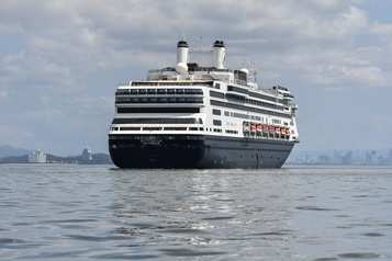 Quatre passagers meurent sur le paquebot Zaandam