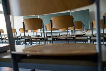 Des experts craignent un bond «important» du décrochage au secondaire)