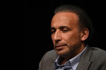 Tariq Ramadan en cour jeudi pour viols : des échanges ambivalents, une plainte fragilisée