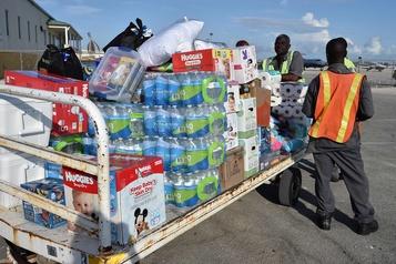 Les Bahamas débordées par l'afflux des dons après l'ouragan Dorian
