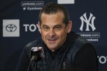 Les Yankees accordent un nouveau contrat au gérant Aaron Boone