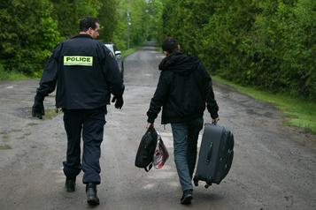 Les services frontaliers ont refoulé 21 migrants irréguliers en mai)