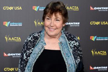 Décès de la chanteuse australienne Helen Reddy)