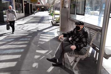 COVID-19: Melbourne entame sa phase de confinement le plus strict)