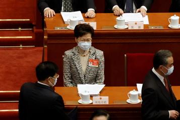 Élections à Hong Kong Pékin va imposer un contrôle renforcé des candidats)