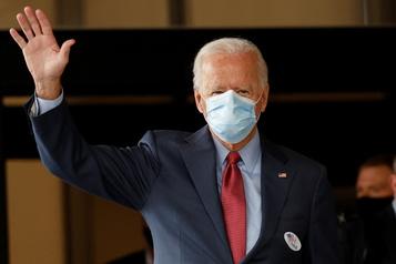 Biden vote dans son fief, Trump sillonne l'Amérique)