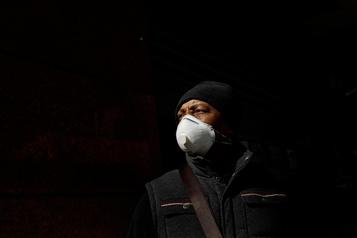 Le virus frappe lesmédias, y compris La Presse Canadienne