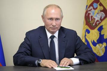 Poutine salue les résultats de la Russie face au coronavirus)