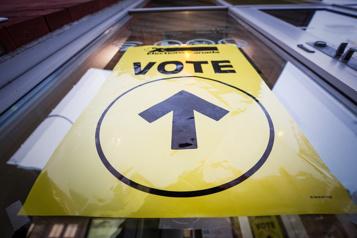 Plus de 45?000?expatriés sont inscrits pour voter)