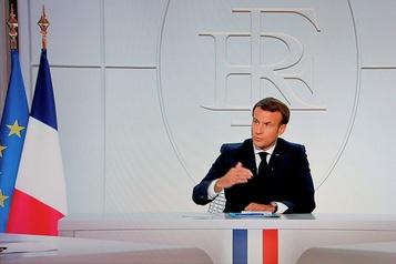 COVID-19 Macron impose un couvre-feu en ?le-de-France et dans huit métropoles)