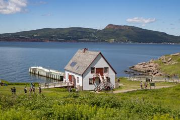 Québec ramène les rabais vacances à l'approche de la saison touristique )