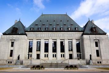 La taxe fédérale sur le carbone devant la Cour suprême dès mardi)