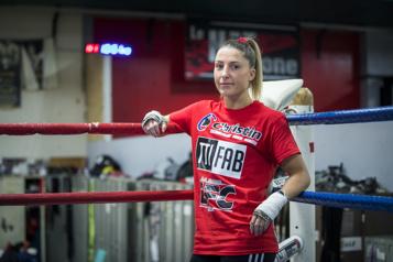 Boxe Kim Clavel en action le 28août au Stade IGA)