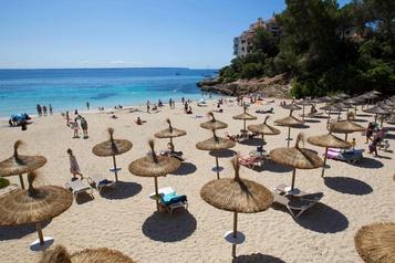 Espagne: Sanchez espère achever le déconfinement le 1erjuillet)