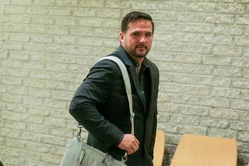 Procès de Marc-Olivier Perron: le policier aurait-il voulu nuire à une collègue?