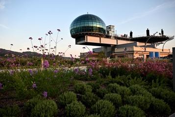 La piste légendaire de Fiat transformée en immense jardin suspendu)