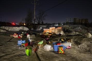 Levée du blocus à Saint-Lambert: l'heure est au nettoyage