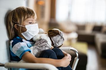 Tenir bon, en attendant la stratégie québécoise sur les maladies rares)