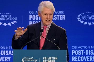 Bill Clinton, un ex-président américain à la santé fragile