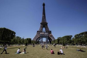La tour Eiffel rouvre vendredi)