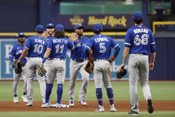 Pas encore de permission du gouvernement pour que les Blue Jays jouent à Toronto)