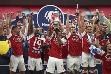 Arsenal remporte la Coupe d'Angleterre pour la 14efois)