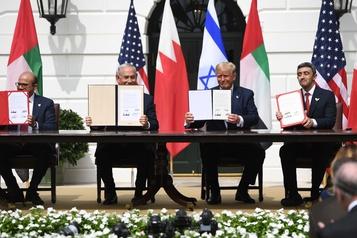 L'EI dénonce les accords entre Israël et des pays du Golfe)