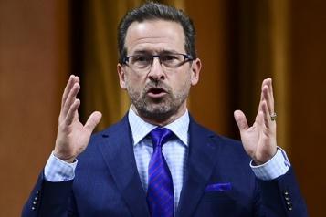 Propos sur le nouveau ministre Omar Alghabra Blanchet sème «l'intolérance», dit Trudeau )