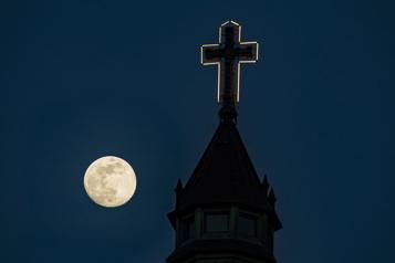 L'Archevêché de Montréal s'attaque aux abuseurs en son sein)