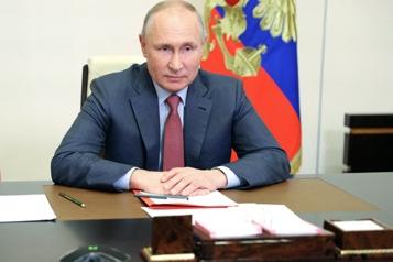 Ukraine Poutine promet de répliquer après des poursuites contre un ami )