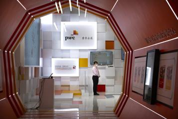 Le cabinet de conseil PwC veut créer 100000 emplois en cinq ans)