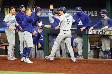 Les Dodgers évitent l'élimination face aux Braves)