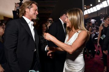 Retrouvailles chaleureuses de Pitt et Aniston