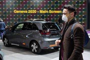 Suisse : le virusstoppe le Salon de l'auto, Alice Cooper, le hockey et la messe