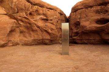 États-Unis Disparition du mystérieux «monolithe» de métal dans le désert)