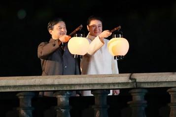 Les Japonais fêtent leur nouvel empereur
