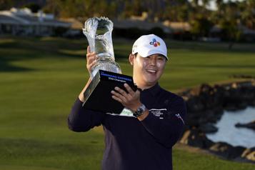 Si Woo Kim remporte le tournoi American Express)