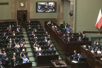 Pologne Une large cyberattaque visant la classe politique venait de Russie)